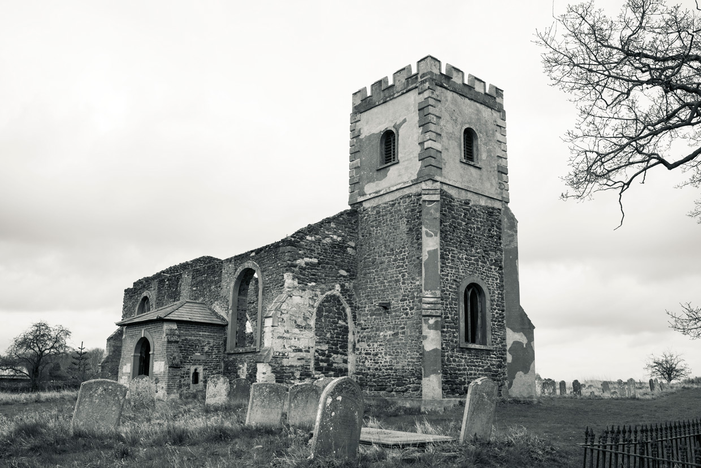 hjorthmedh-ever-arching-segenhoe-church