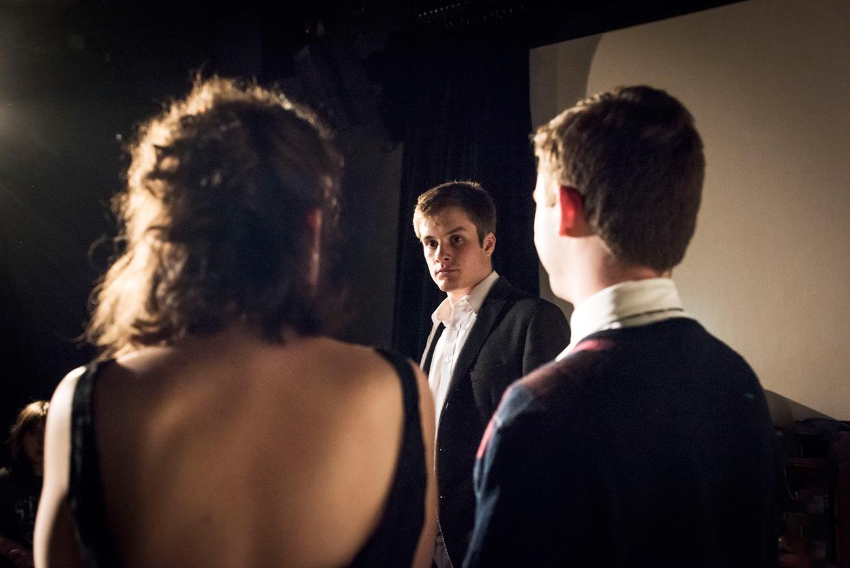 hjorthmedh-a-severed-head-dress-rehearsal-22