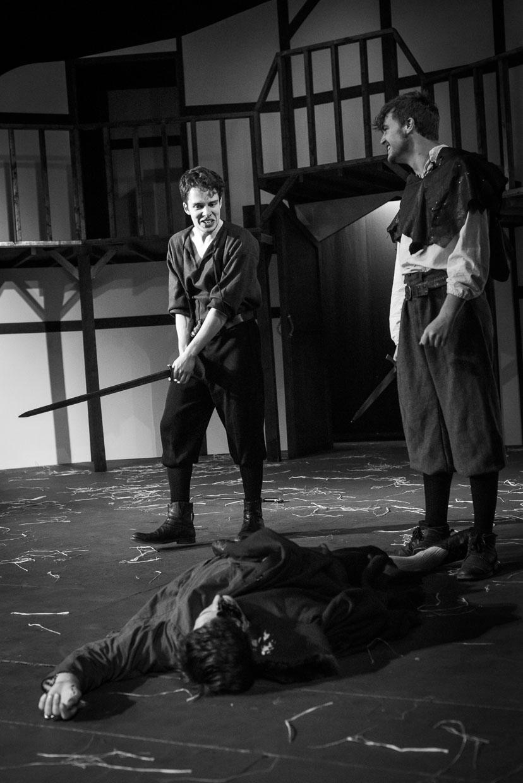 hjorthmedh-henry-iv-dress-rehearsal-41