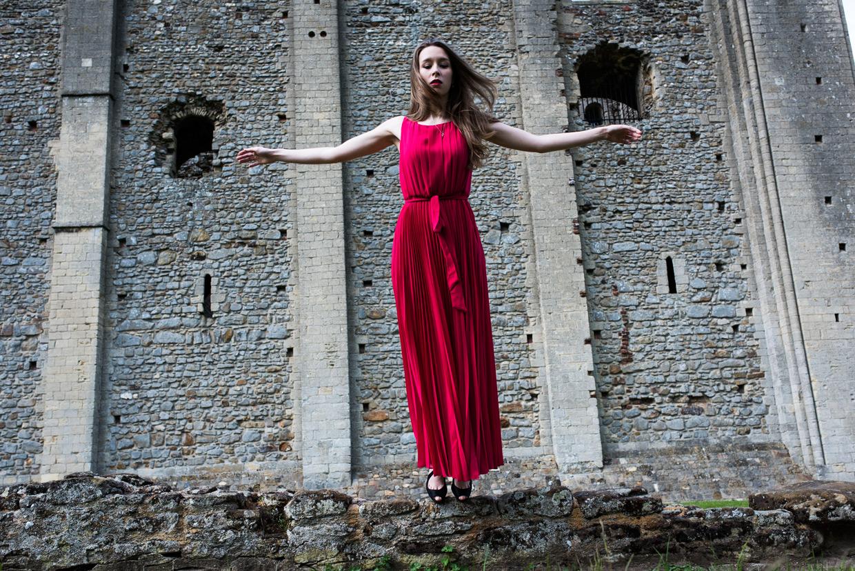 hjorthmedh-lady-of-the-castle-helena-blair-12
