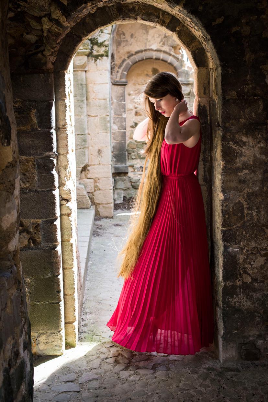 hjorthmedh-lady-of-the-castle-helena-blair-9