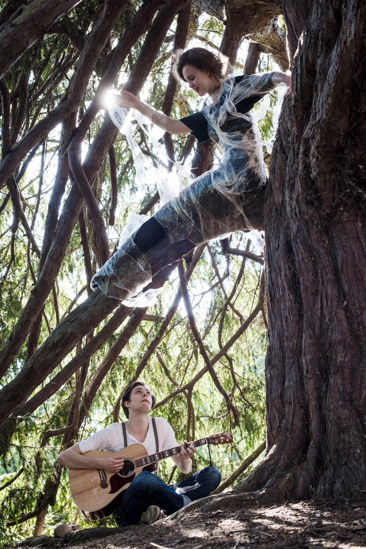 hjorthmedh-a-midsummer-nightmare-15-bethan-davidson-ronald-prokes