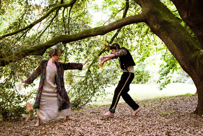 hjorthmedh-a-midsummer-nights-dream-photoshoot-selwyn-college-26