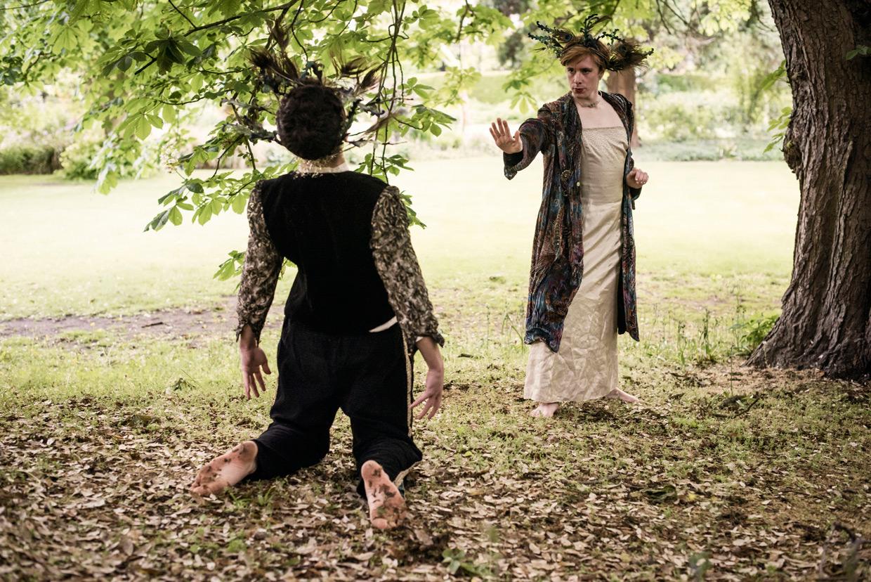 hjorthmedh-a-midsummer-nights-dream-photoshoot-selwyn-college-27
