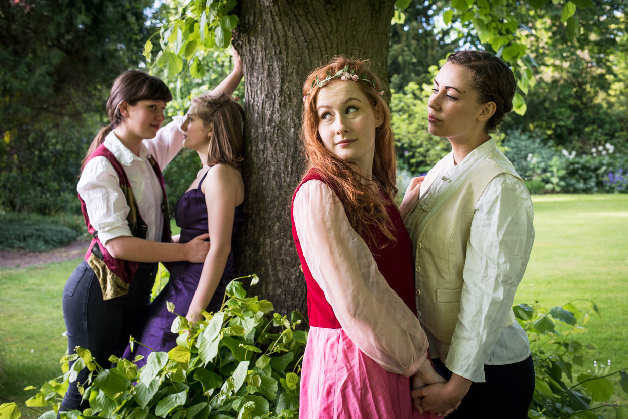 hjorthmedh-a-midsummer-nights-dream-photoshoot-selwyn-college-4