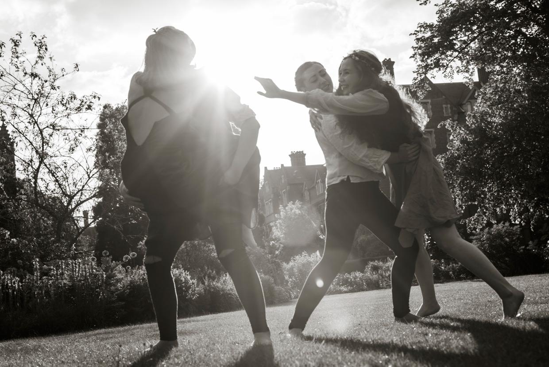 hjorthmedh-a-midsummer-nights-dream-photoshoot-selwyn-college-6