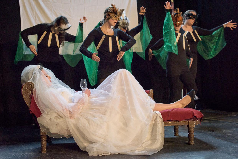 hjorthmedh-sidney-sussexs-arts-festival-blood-wedding-30