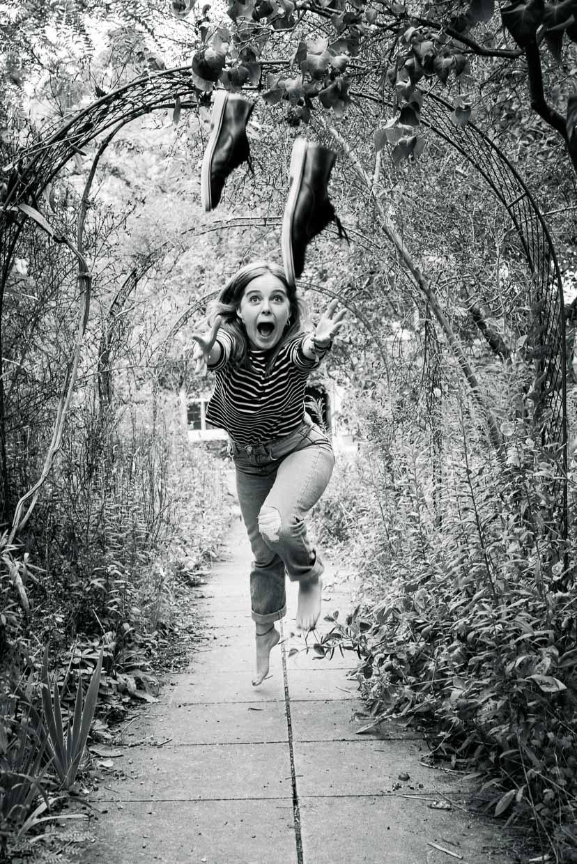hjorthmedh-raining-kate-and-dogs-23