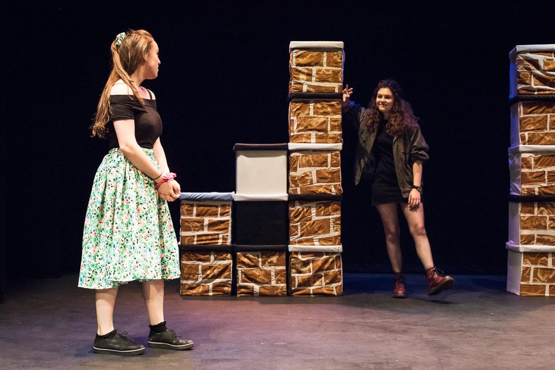 hjorthmedh-taming-of-the-shrew-dress-rehearsal-18