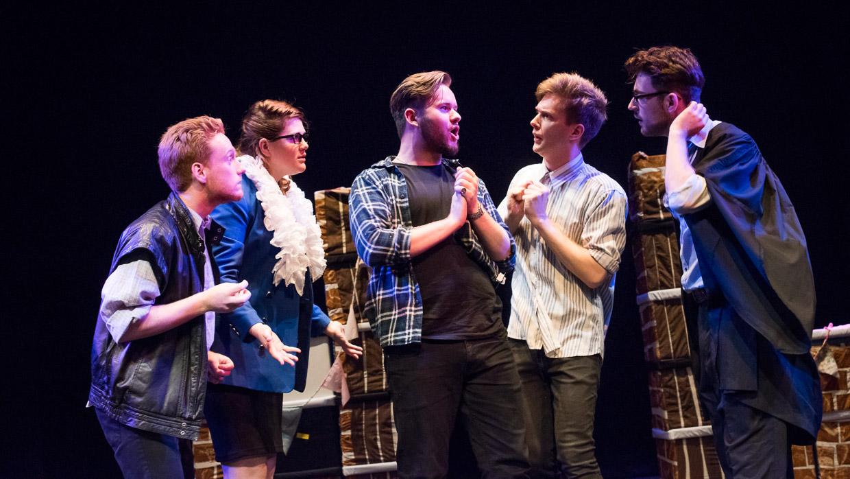hjorthmedh-taming-of-the-shrew-dress-rehearsal-42