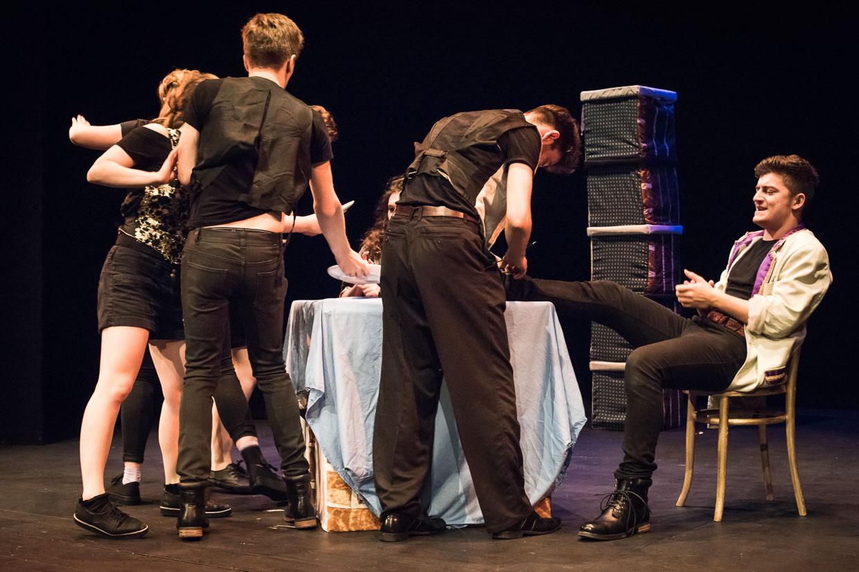 hjorthmedh-taming-of-the-shrew-dress-rehearsal-58
