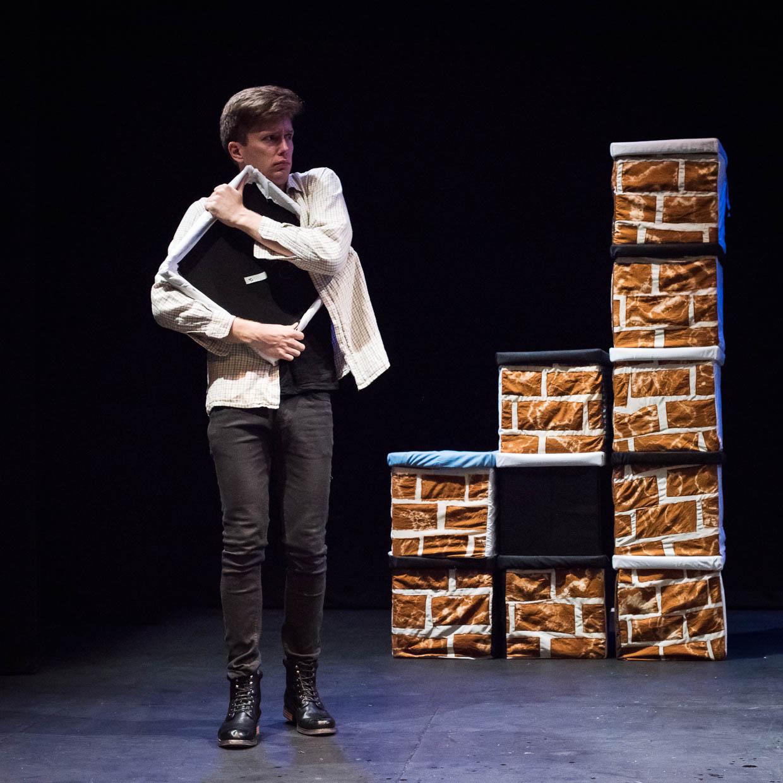 hjorthmedh-taming-of-the-shrew-dress-rehearsal-66