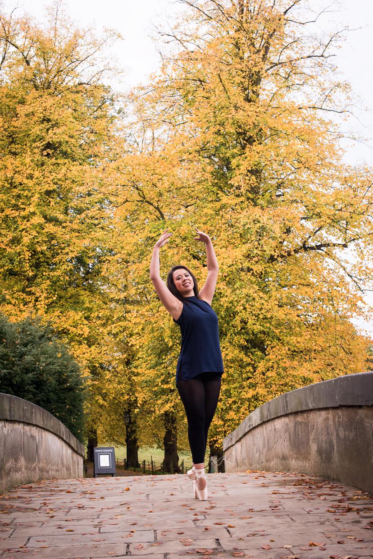 Rebecca dancing on King's College Bridge.