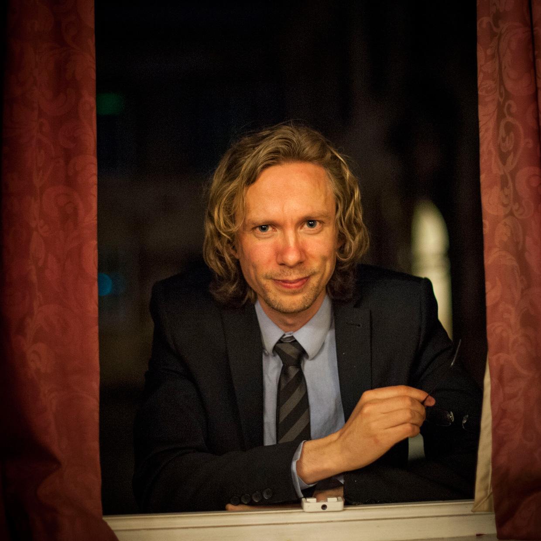 Johannes Hjorth in the window frame