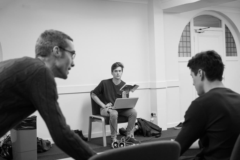 hjorthmedh-tribes-rehearsal-15