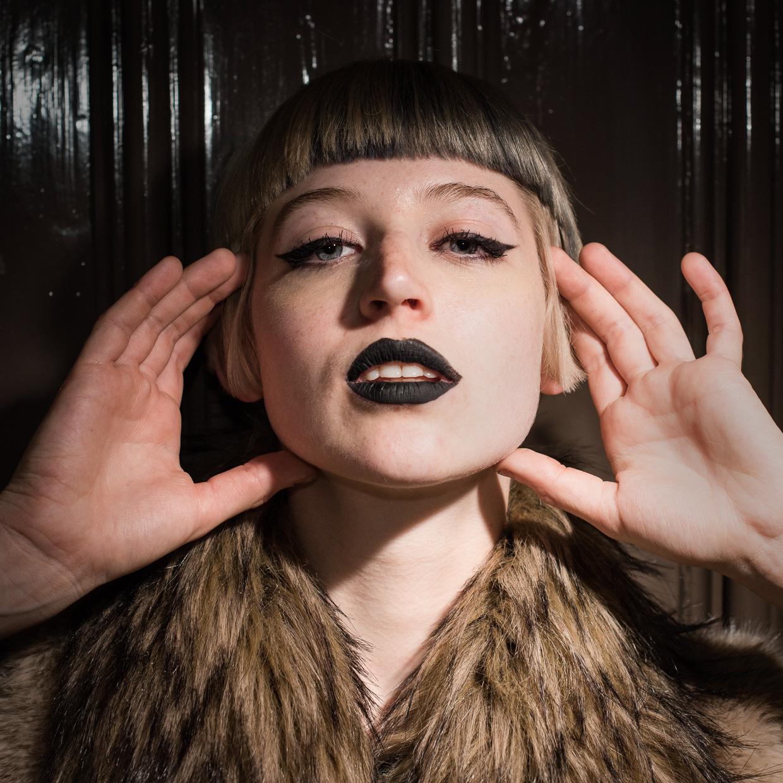 hjorthmedh-varsity-halloween-fashion-shoot-4