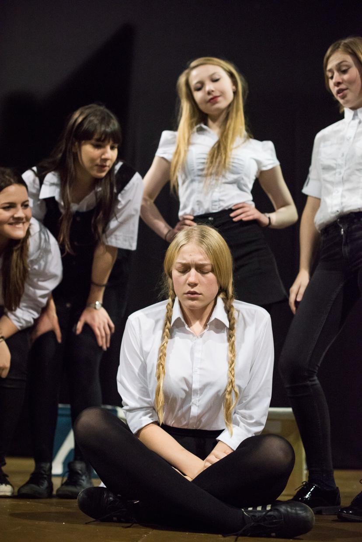 Cecily Pierce, Rebecca Metzer, Isla Cowan, Rebecca Vaa and Mathilda Wickham