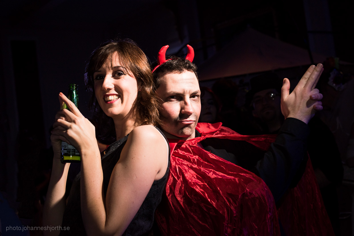 hjorthmedh-neon-moon-cambridge-halloween-ball-2015-125
