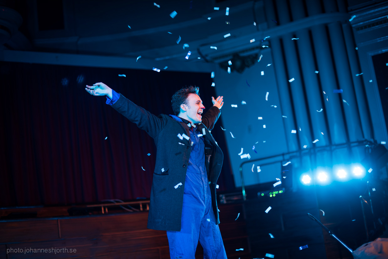 hjorthmedh-neon-moon-cambridge-halloween-ball-2015-169