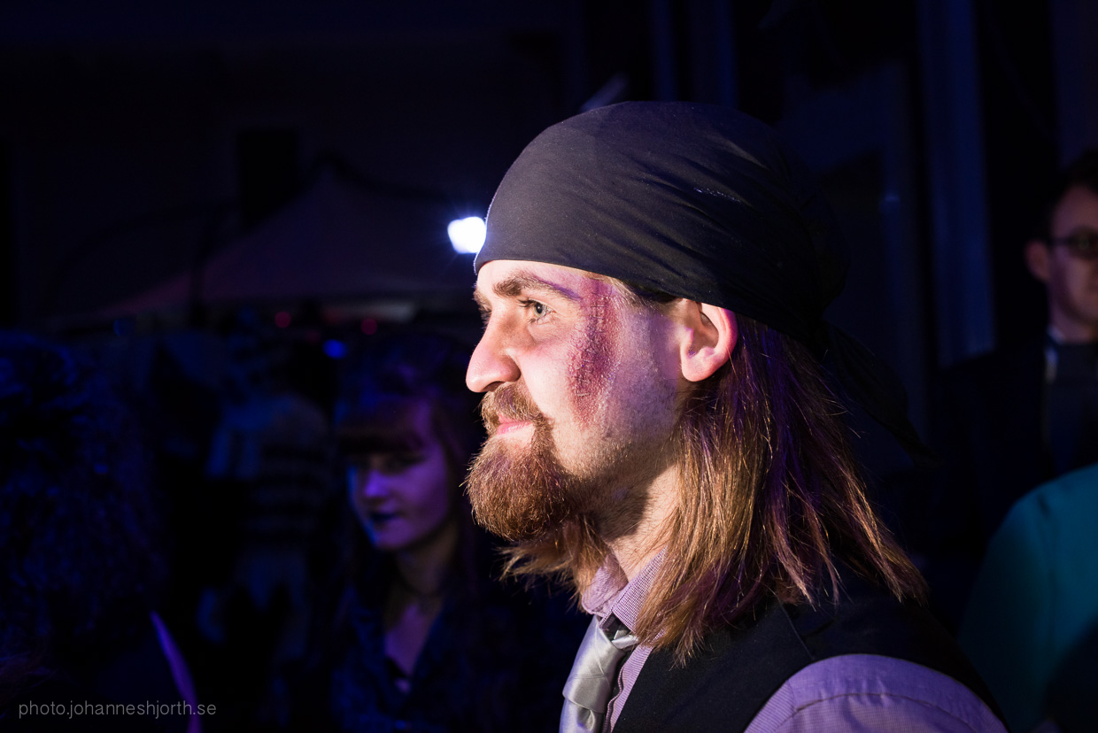 hjorthmedh-neon-moon-cambridge-halloween-ball-2015-20
