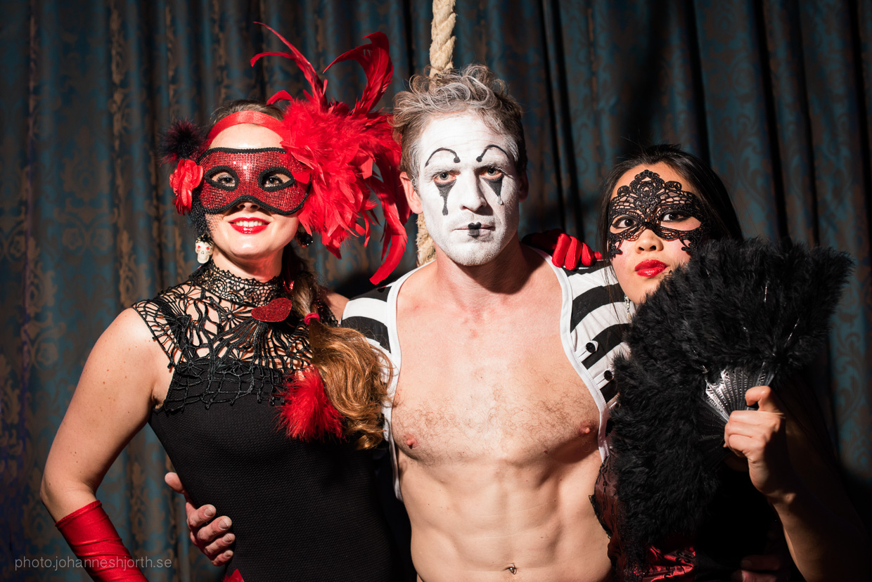 hjorthmedh-neon-moon-cambridge-halloween-ball-2015-55