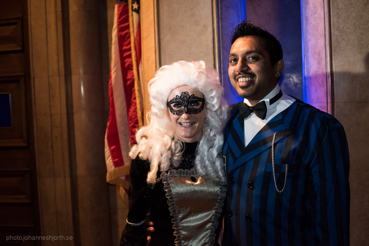 hjorthmedh-neon-moon-cambridge-halloween-ball-2015-6