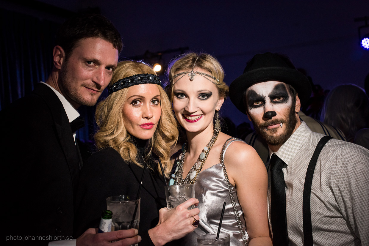 hjorthmedh-neon-moon-cambridge-halloween-ball-2015-61