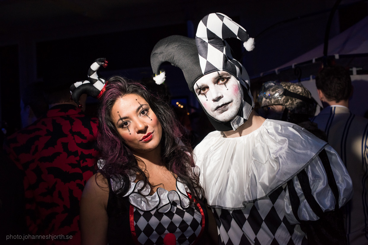 hjorthmedh-neon-moon-cambridge-halloween-ball-2015-63