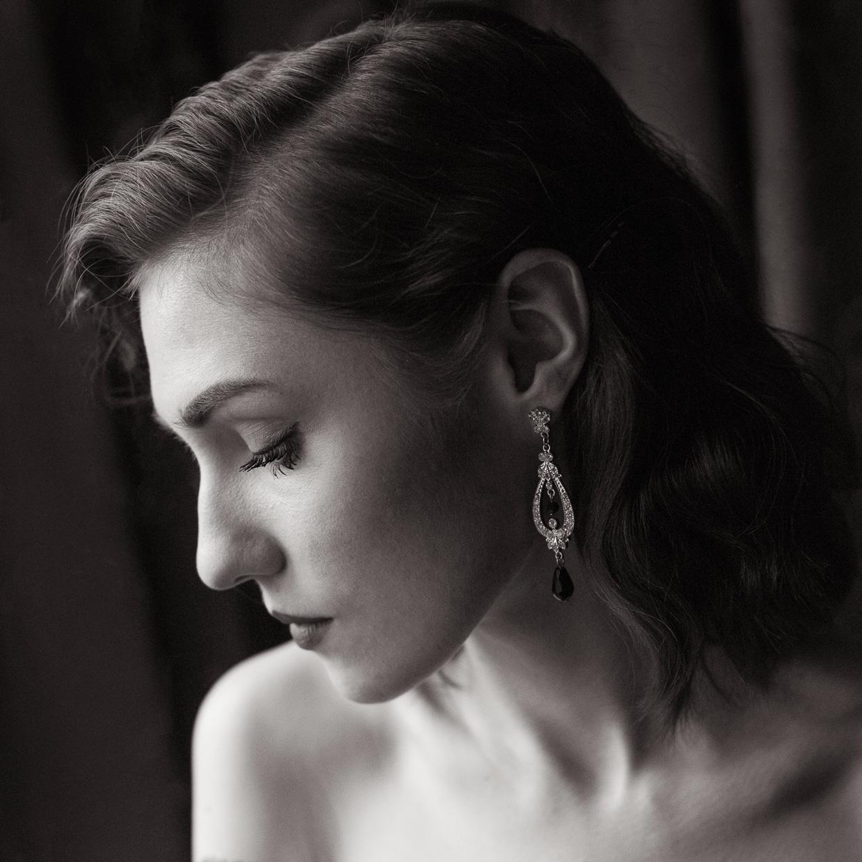 Portrait of Hannah Grace Taylor and her elegant earrings