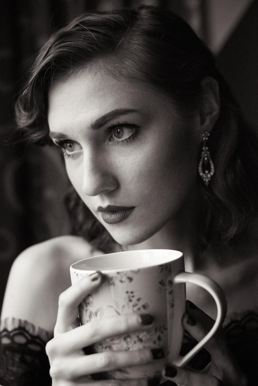 Portrait of Hannah Grace Taylor drinking tea