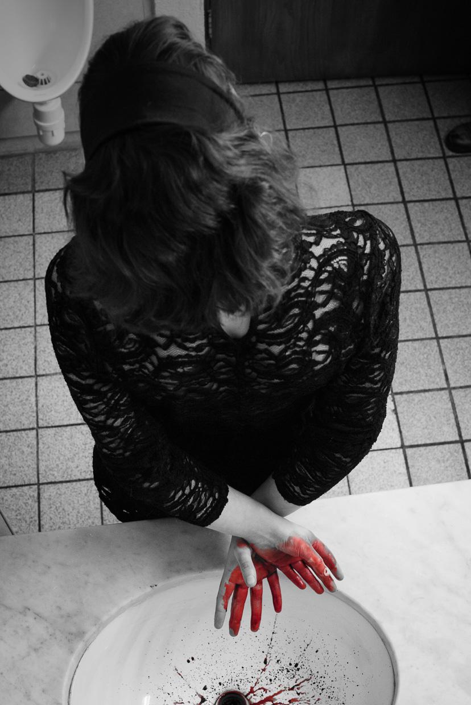 hjorthmedh-maids-photoshoot-41