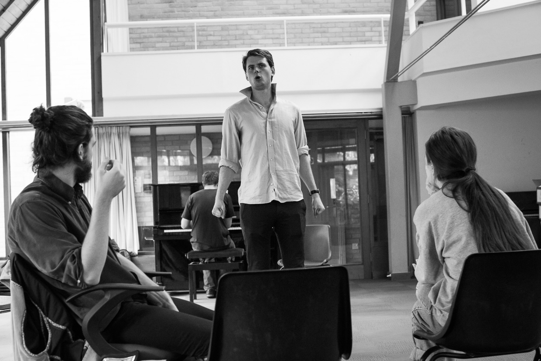 hjorthmedh-robin-hood-panto-rehearsal-4