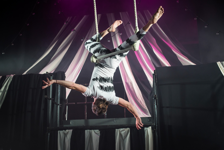 hjorthmedh-alice-dress-rehearsal-15