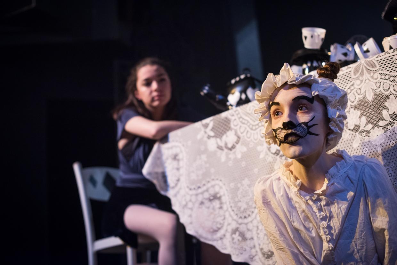 hjorthmedh-alice-dress-rehearsal-22