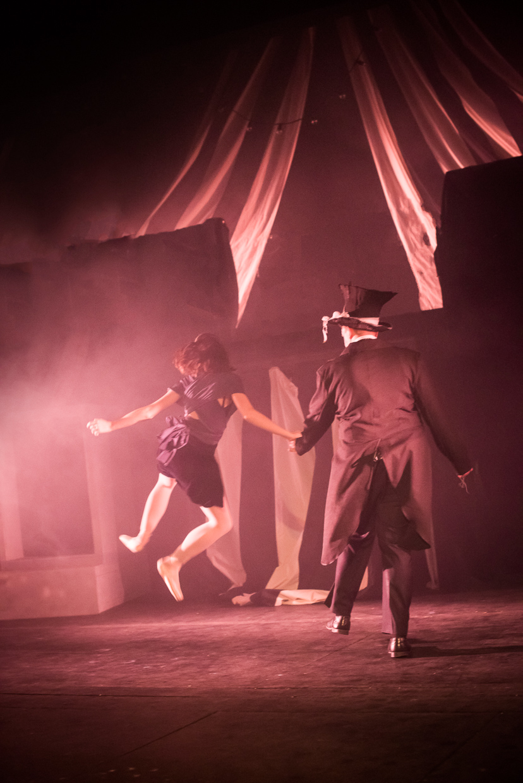 hjorthmedh-alice-dress-rehearsal-27