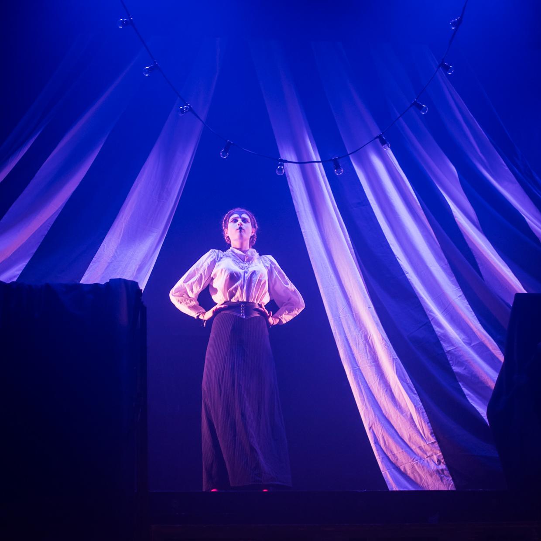 hjorthmedh-alice-dress-rehearsal-28