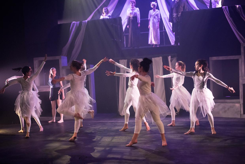 hjorthmedh-alice-dress-rehearsal-39