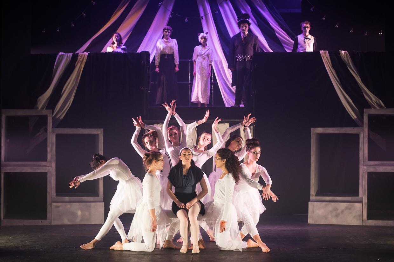 hjorthmedh-alice-dress-rehearsal-40
