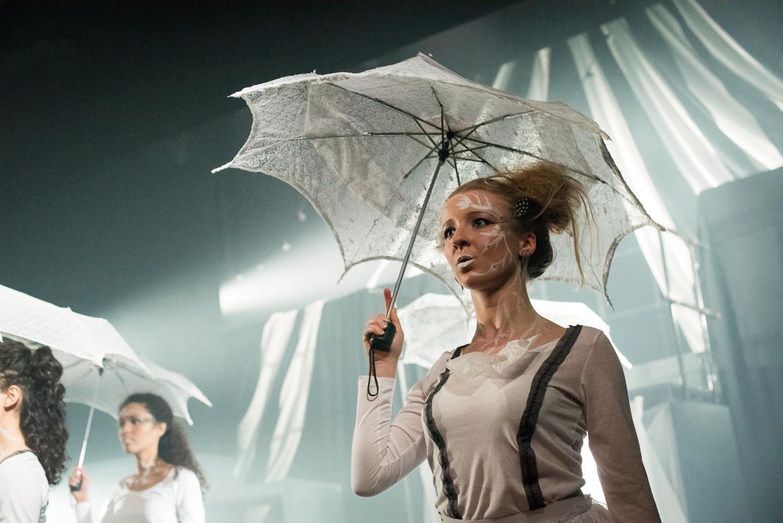 hjorthmedh-alice-dress-rehearsal-47