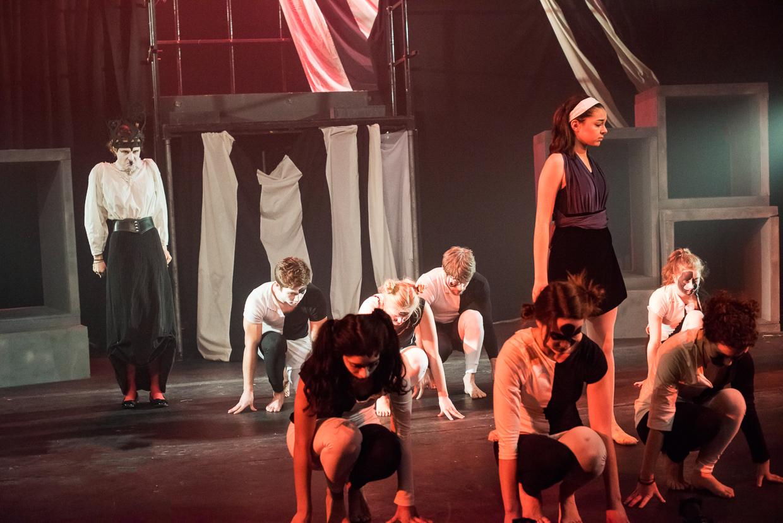 hjorthmedh-alice-dress-rehearsal-64