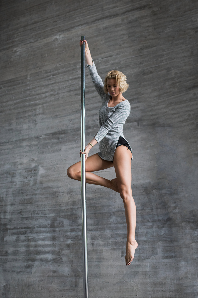 Lenita Larsson on a pole